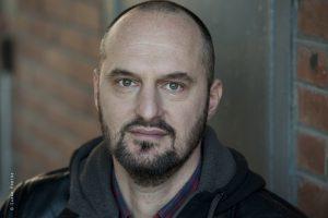 Tom Delierville prof de théâtre Ateliers Comédie