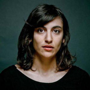 Sarah ZETIOU Professeur de théâtre Ateliers Comédie Paris 10