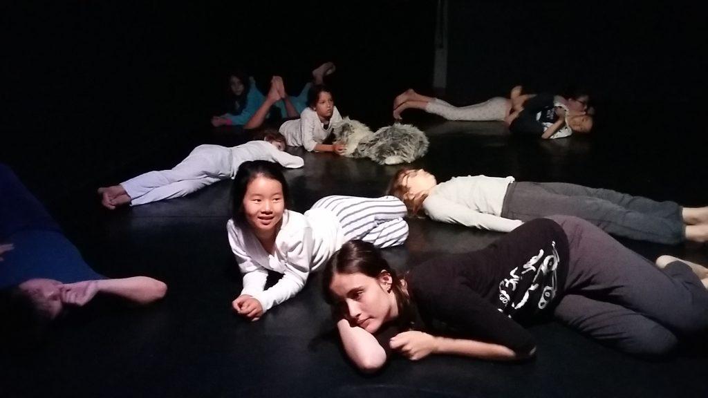 Stage de theatre pour enfants et ados aux Ateliers Comedie